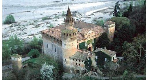 Mete turistiche e romantiche: Il Castello e il borgo di Rivalta