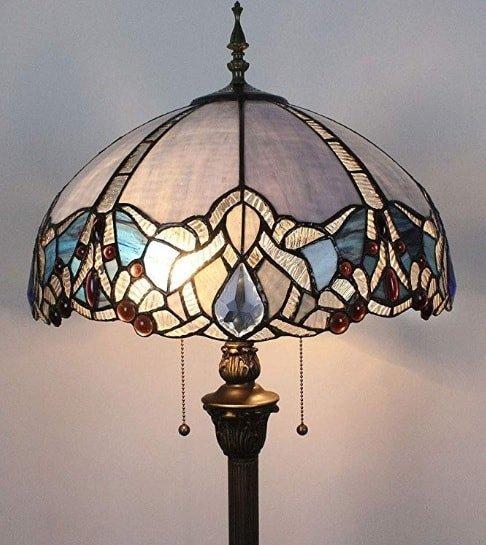 Lampade e lampadari Tiffany: lo stile che non passa mai di