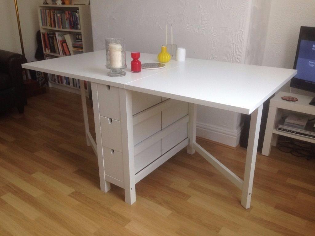 Ikea Tavolo Consolle Allungabile.Tavoli A Consolle Organizzare Lo Spazio Notizie In Vetrina