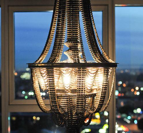 Lampadari originali: dalle biciclette ai punti luce di Méchant Design