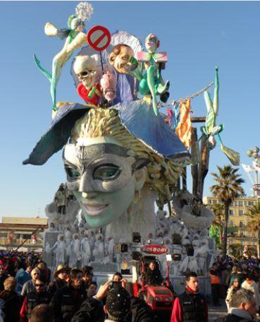 Carro allegorico carnevale di Viareggio