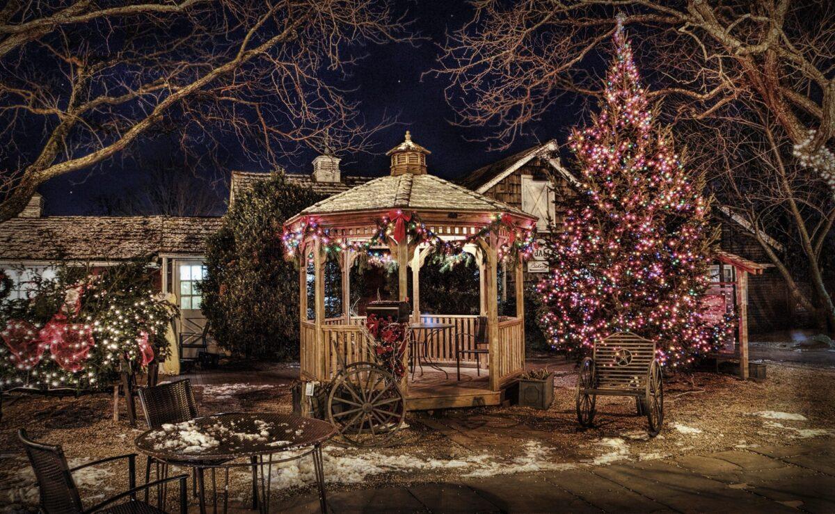Addobbi Natalizi Giardino.Natale Come Addobbare L Interno E L Esterno Della Casa Notizie In Vetrina