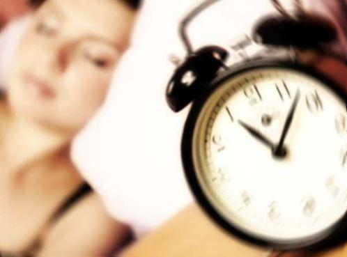 Dimagrire dormendo: dormire poco fa ingrassare ed ammalare