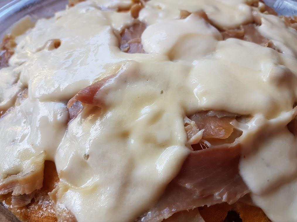 Frittata con prosciutto e formaggi: secondo veloce