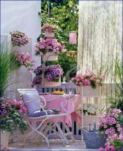 Come creare un angolo shabby chic in giardino e in for Arredo shabby economico