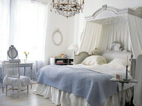 camera da letto dei sogni delle donne è fiabesca