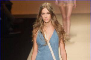 Jeans e denim dress 5 modi di indossare l'abito in denim