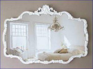 Come scegliere lo specchio shabby chic 5 consigli e foto for Specchi barocchi