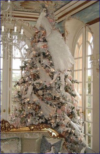 Vero o finto? 10 consigli per decorare l'albero di Natale