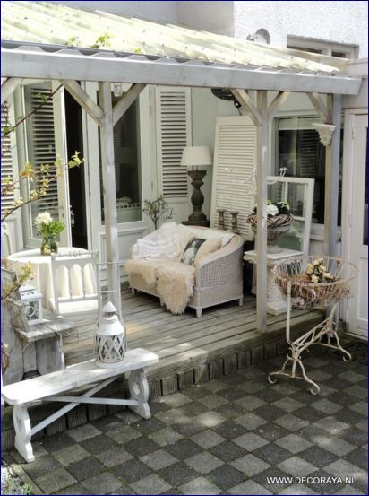 idee in vetrina shabby chic per arredare una veranda o un terrazzo notizie in vetrina magazine. Black Bedroom Furniture Sets. Home Design Ideas