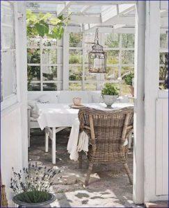 Idee in vetrina shabby chic per arredare una veranda o un terrazzo ...