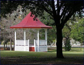 Gazebo a pagoda