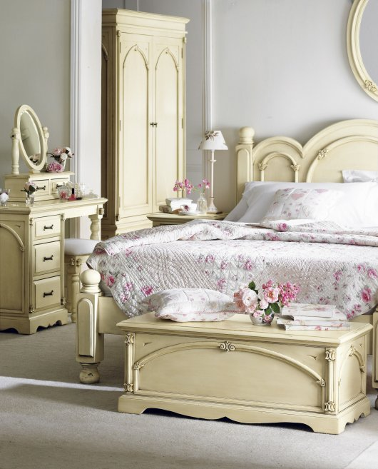 awesome-shabby-chic-bedroom-furniture-ideas-modern-shabby-chic-bedroom-design-ideas-530x657