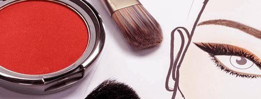 Prodotti cosmetici viso e corpo per donna e uomo: Backstage Riccione