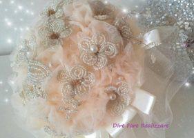 Bouquet da sposa in tessuto e perline unici e inimitabili