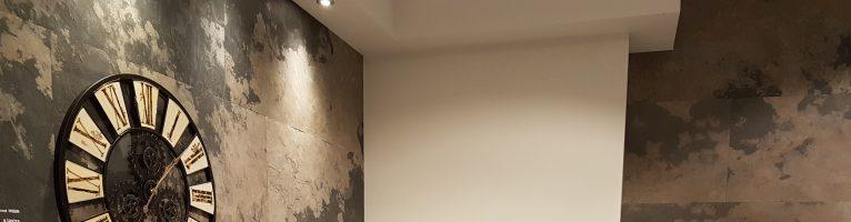 Come caratterizzare una parete con mattoni, legno, sughero, pietra