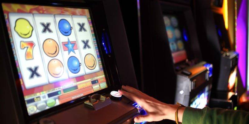 Sognare di vincere al gioco e divertirsi con le slot machine