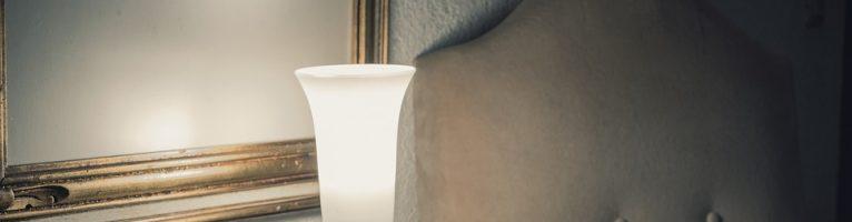 Illuminazione: come scegliere la lampada da tavolo perfetta