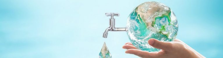 Come migliorare la salute bevendo acqua pura risparmiando
