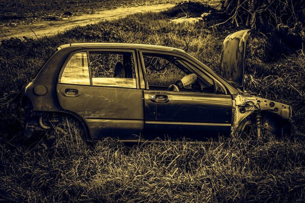 Devi vendere la tua auto vecchia, da rottamare, o sinistrata?