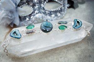 Gioielli in argento e pietre