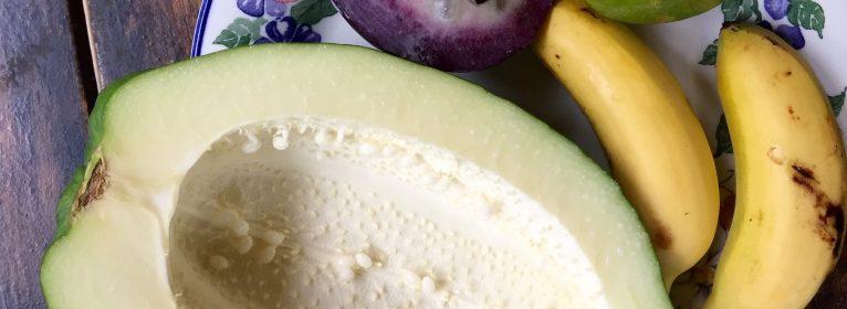 Cocco, Ananas e Mango: 10 motivi per mangiare frutta