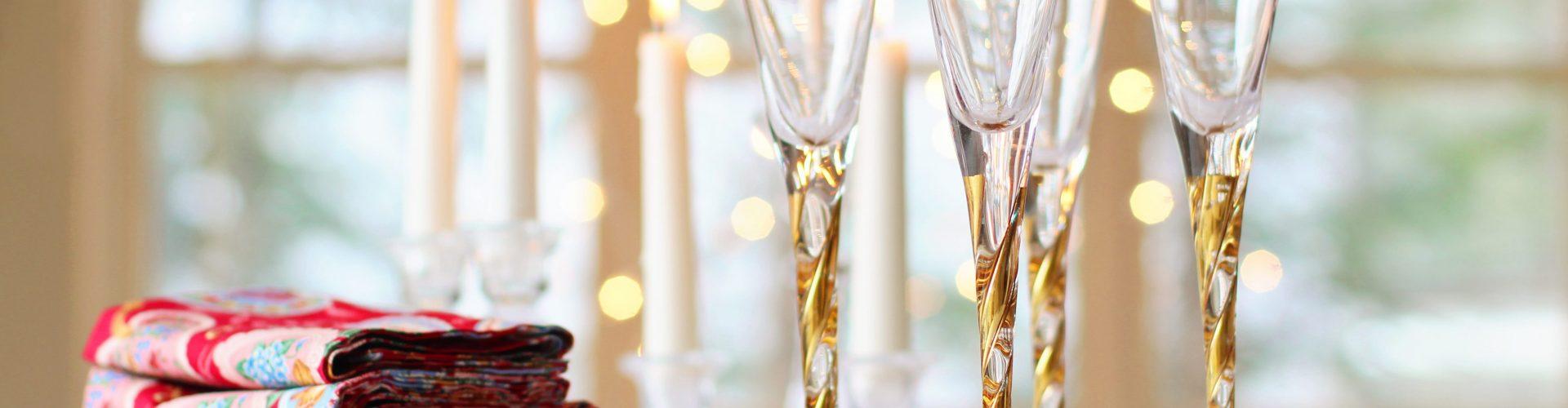 Natale e arredamento: 7 accessori tavola e casa da non perdere
