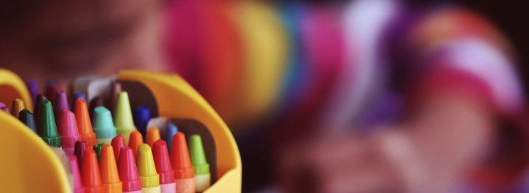 Crescere giocando: imparare con le attività ludiche