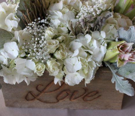 Shabby chic i fiori per l'arredo casa e i fiori per matrimonio shabby