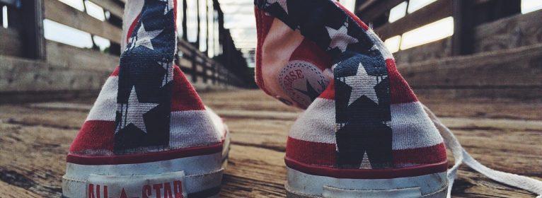Sneakers: Come acquistare, allacciare e lavare le Converse