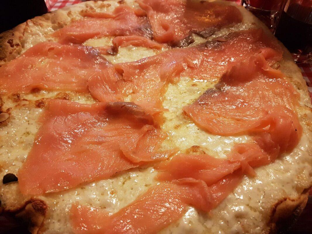 I cibi che rendono più felici gli italiani: la pizza al primo posto