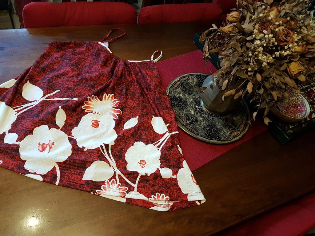 Casacca floreale con bretelle