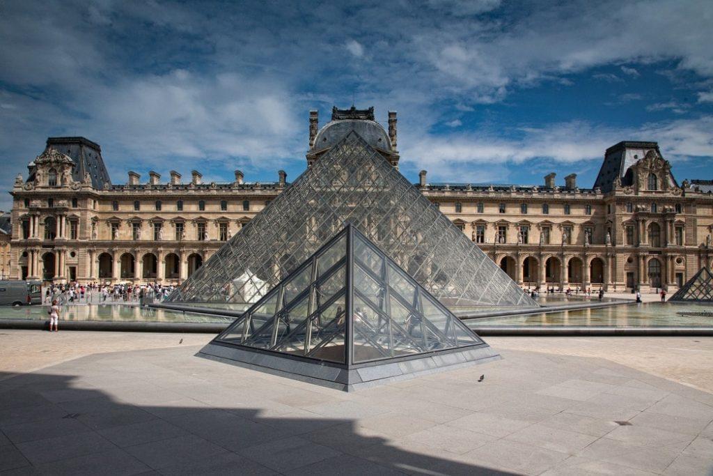 Louvre e Piramide