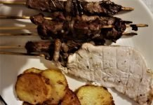 Arrosticini e arista alla griglia o al barbecue