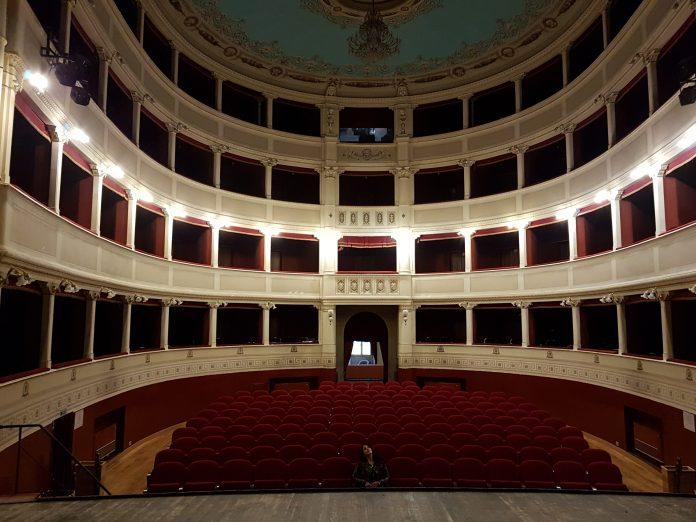 Teatro Signorelli Cortona interno