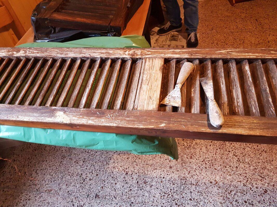 Ristrutturare Un Mobile In Legno come ristrutturare e verniciare persiane e finestre in legno