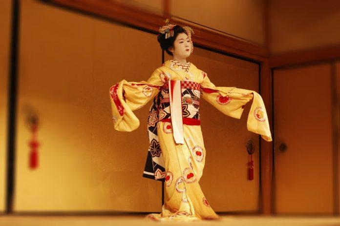 Popolo giapponese: la Gheisa o Geisha, tradizione e abbigliamento