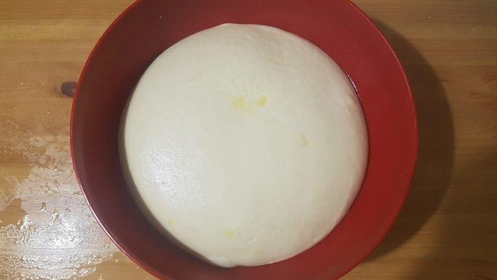 Come fare pane, pizza e dolci senza lievito: 3 metodi