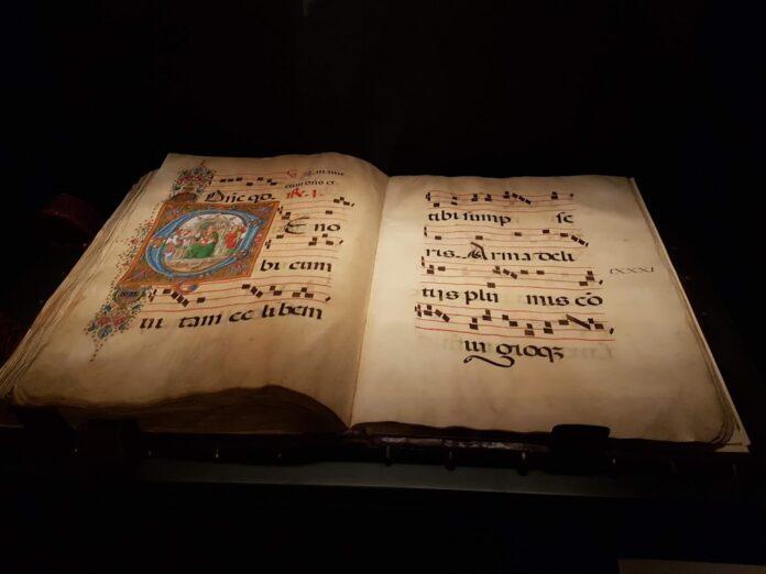 Gli amanuensi, i codici le miniature antiche e i monaci scribi