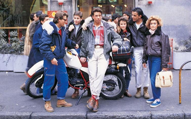 Moda stile anni 80 ragazze, donne, uomini, abiti ed accessori