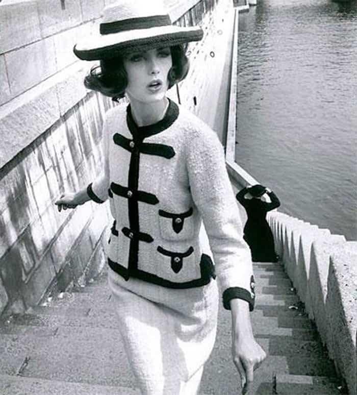 Cocco Chanel lancia la second aversione del tailleur