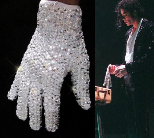 guanti con Swarowski  indossati da Michael Jackson